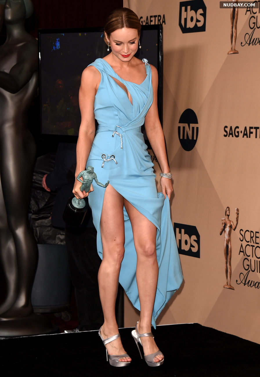 Brie Larson Upskirt 22nd Annual Screen Actors Guild Awards in Los Angeles CA Jan 30 2016