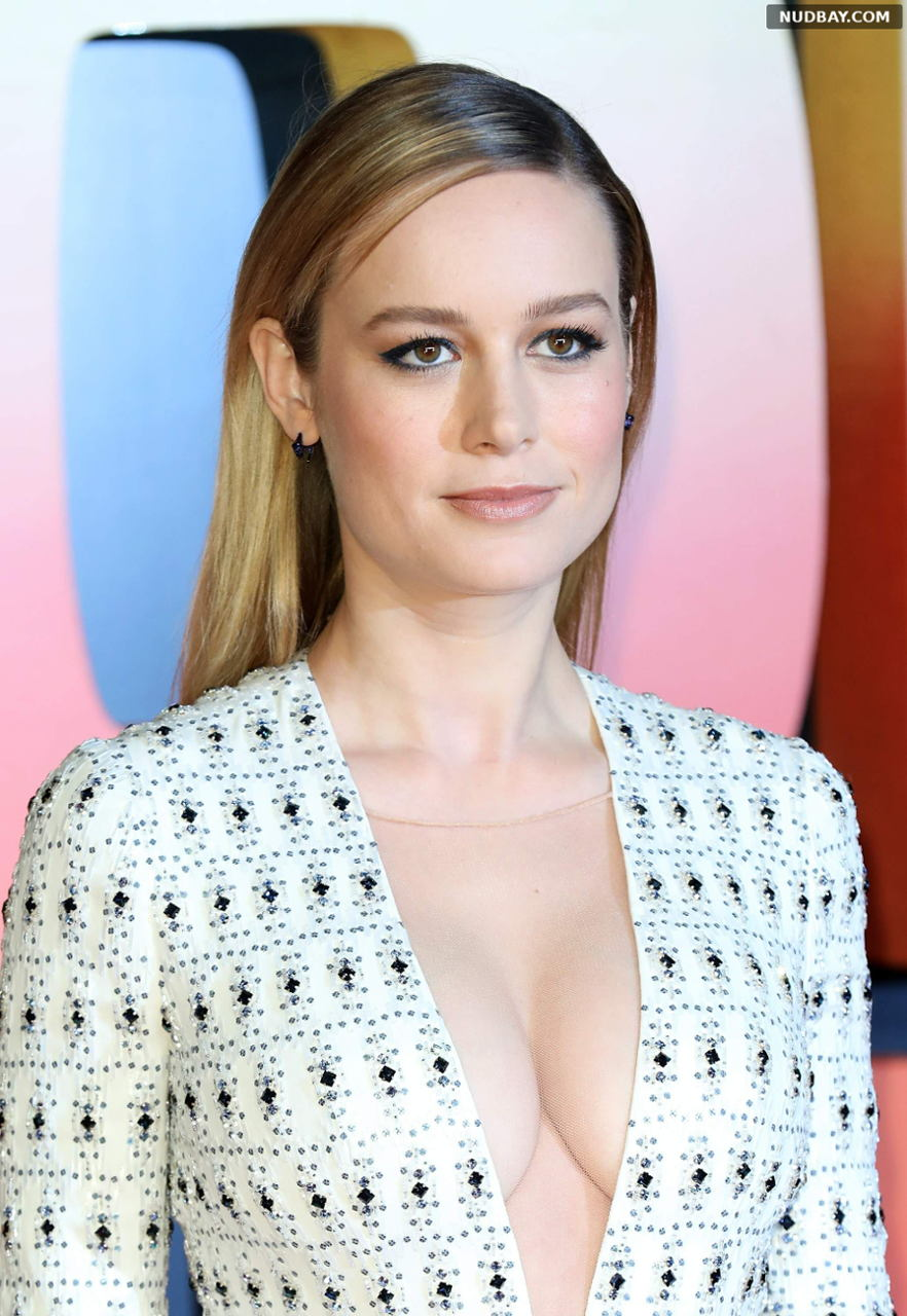 Brie Larson sexy at Kong: Skull Island premiere in London Feb 28 2017