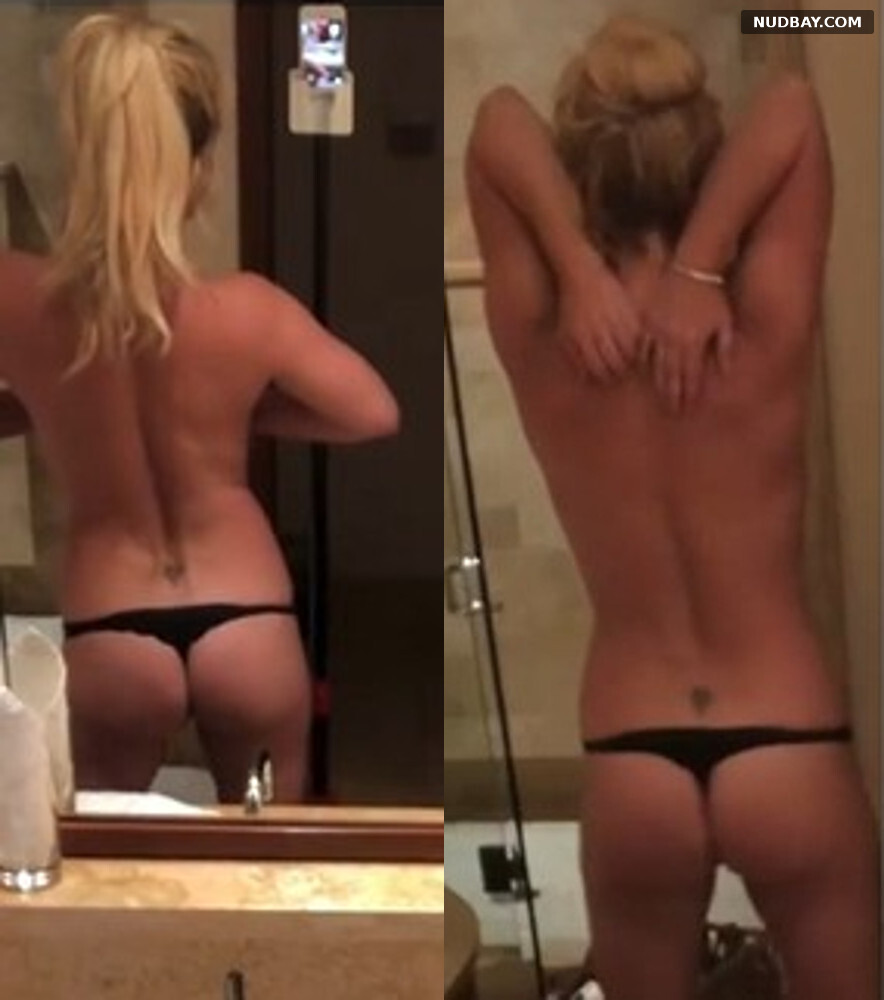 Britney Spears Ass wearing a thong Sep 09 2021