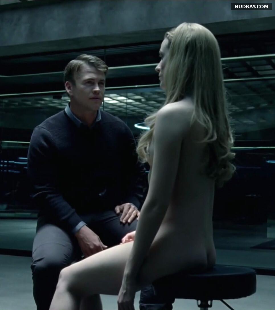 Evan Rachel Wood nude Westworld S01E01 (2016)