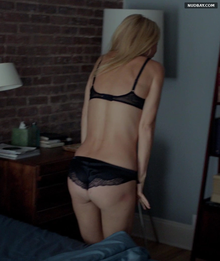 Gwyneth Paltrow Booty in Thanks for Sharing (2012)