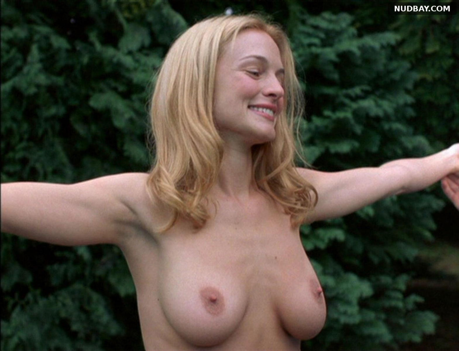 Heather Graham nude Killing Me Softly (2002)