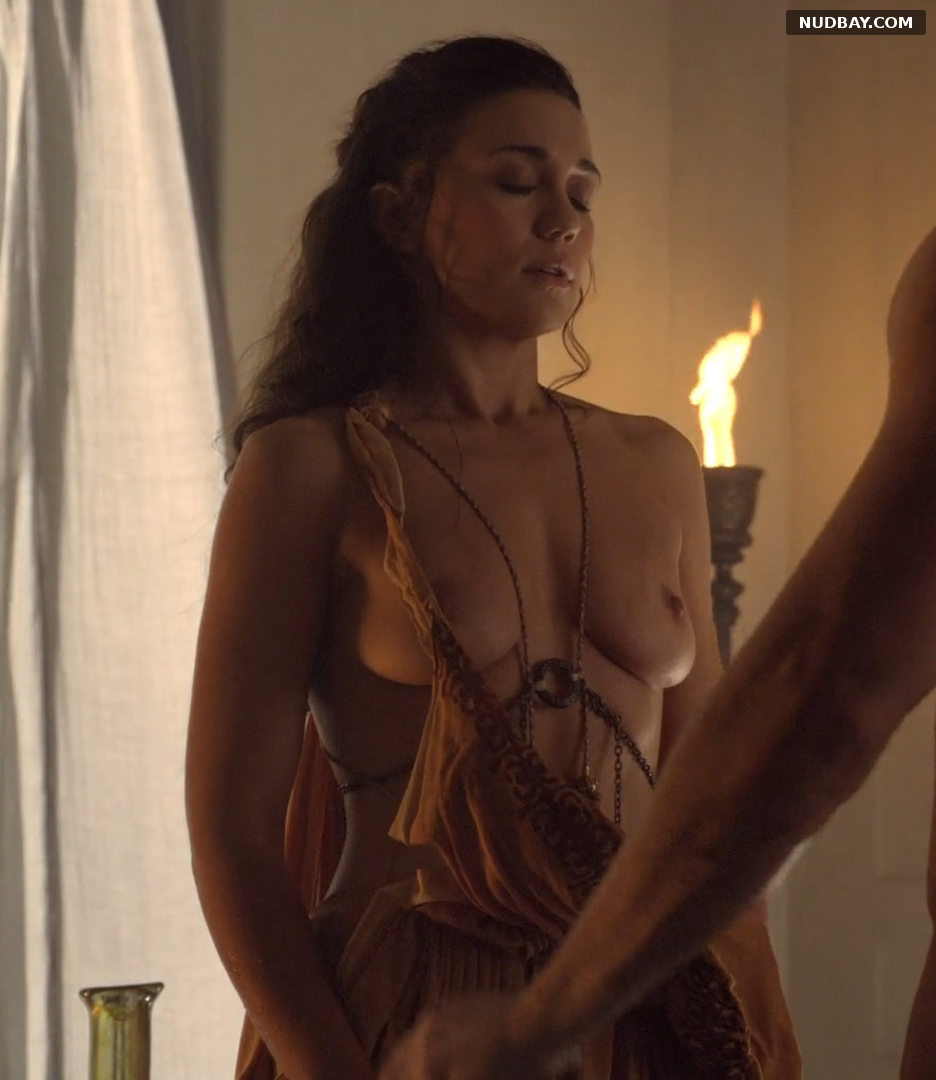 Jenna Lind naked in Spartacus (2013)