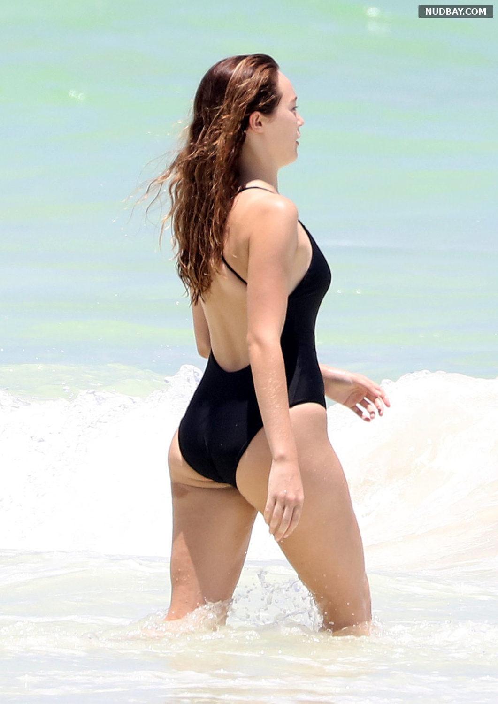 Alycia Debnam-Carey Ass in Black Swimsuit on vacation in Tulum Aug 14 2017