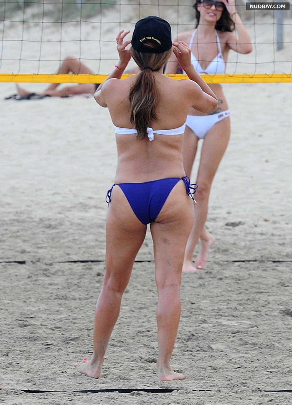 Eva Longoria Ass wears a bikini as she plays some beach volleyball in Ibiza Jul 21 2017