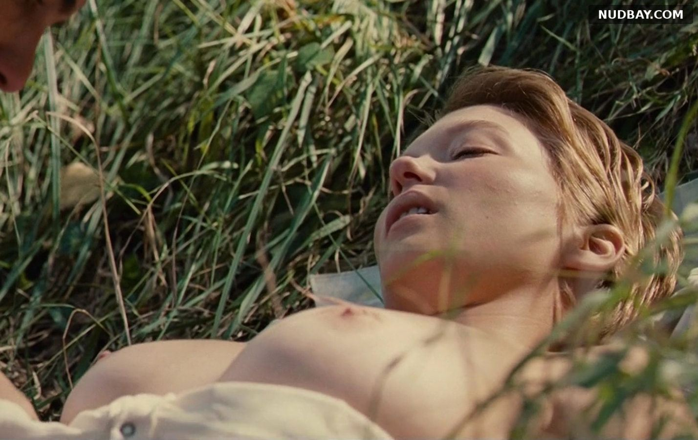 Lea Seydoux naked in Grand Central (2013)