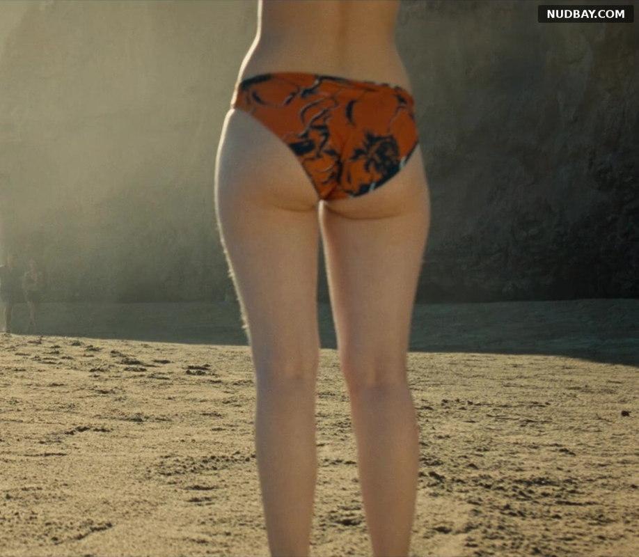 Thomasin McKenzie Juicy Booty in Old (2021) 01
